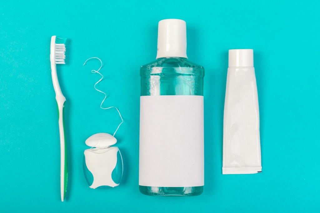 Чем полоскать рот после удаления зубов: список средств